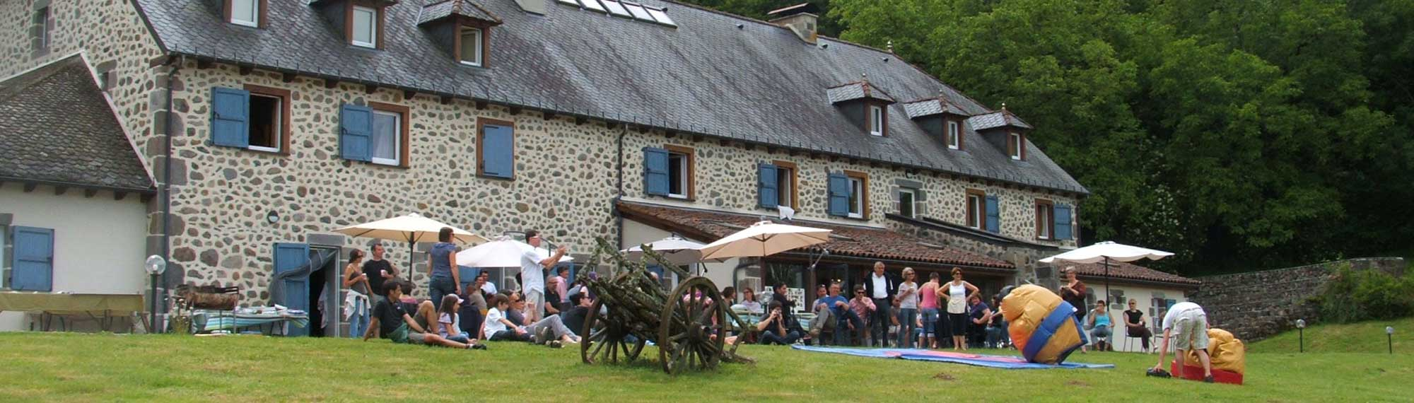 sejours groupe cantal salers